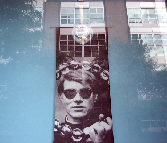 You don't need a band to be a rock star. Warhol Museum. Pittsburgh (Foto de Luis Jimenez-Ridruejo)